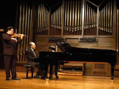Joaquín Torre y Kennedy Moretti. Concierto Sonatas para violín y piano