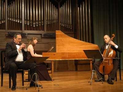 La Folía. Grupo de Música Barroca, Pedro Bonet, Guillermo Martínez Concepción y Jorge López Escribano. Concierto Haendel
