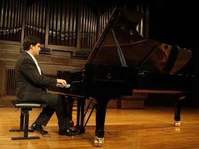 Tito García González. Concierto Chopin y los Schumann: influencias cruzadas