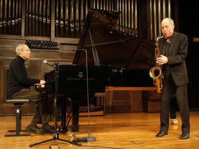 Ben Sidran y Bob Rockwell. Concierto Voces clásicas del jazz: Fitzgerald y Holiday