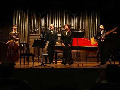 Ensemble Arte Música, Rebeca Ferri, Francesco Cera, Gabriella Martellacci y Michele Carreca. Concierto Vivaldi, compositor para la cámara