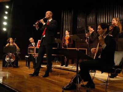 Ensemble Cordovento, Zefira Valova, Ivan Iliev, Zdenka Prochazkova, Linda Mantcheva, Izhar Elias, Alessandro Pianu y Erik Bosgraaf. Concierto Vivaldi, compositor para la cámara