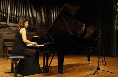 Carmen Yepes. Concierto Mozart: integral de las sonatas para piano