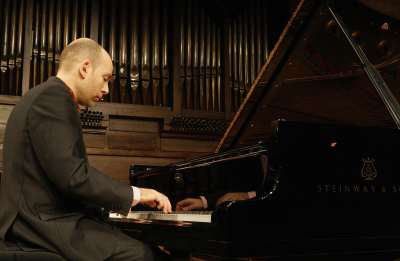 Miguel Baselga. Concierto Mozart: integral de las sonatas para piano