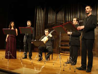 Qvinta Essençia, Magdalena Padilla, Francisco Fernández, Gabriel Díaz, Pablo Acosta y Jesús Sánchez. Concierto A cuatro voces