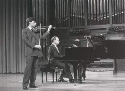 Juan Llinares y Perfecto García Chornet. Recital de violín y piano