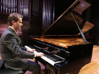 Josu de Solaun. Concierto La formación del virtuoso: estudios para piano