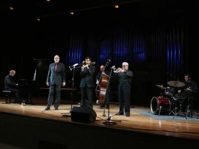 Canal Street Jazz Band, Jim Kashishian, Santiago Cañada, Antonio Domínguez, Pepe Núñez y Raúl Rodríguez. Concierto Armstrong y el jazz de Nueva Orleans