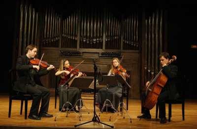 Cuarteto Qvixote, Daniel Cubero Monclús, María Sanz Ablanedo, Mariona Oliu Nieto y Amat Santacana. Concierto Músicas para el Rey