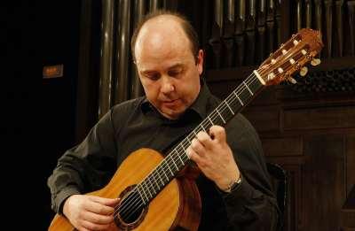 Miguel Trápaga. Concierto La consolidación: de Aguado a la Generación del 27 - La guitarra española: de Sor al siglo XXI