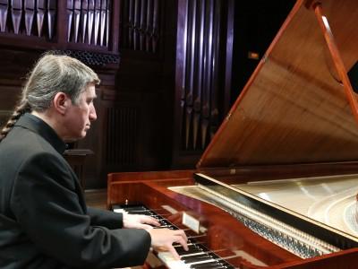 Toni Millán. Concierto Románticos al fortepiano