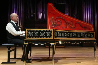 Kenneth Weiss. Concierto Música hipnótica: chaconas y folías