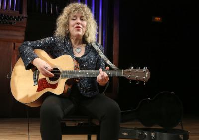 Montse Sabatés. Concierto Migraciones - Blues, de Mississippi a Chicago