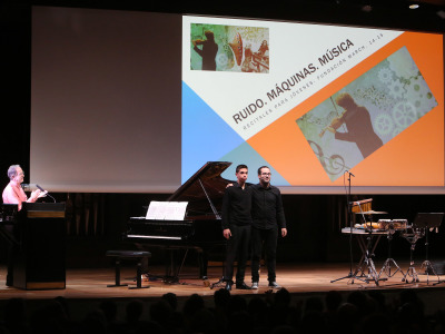 Rubén Russo, Fernando Palacios y Antonio Martín Aranda. Concierto Ruido – Máquinas - Música - De raíz popular & Ruido-Máquinas-Música