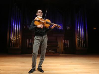 Sergey Malov. Concierto Violonchelo da spalla - Rarezas instrumentales