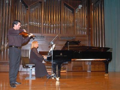 Zorik Tatevosyan y Lydia Rendón. Concierto Recital de violonchelo y piano