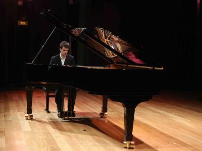 Carlos Goicoechea. Concierto Recital de piano