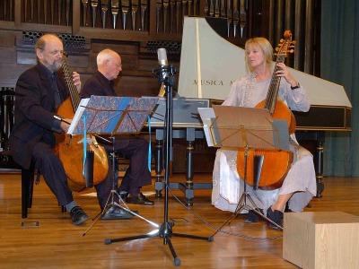 Trío Wieland Kuijken, Wieland Kuijken, Renée Bosch y Robert Kohnen. Concierto El esplendor de la viola da gamba - Música barroca