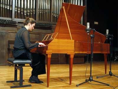 Claire Chevalier. Concierto Haydn: su obra para tecla en instrumentos históricos