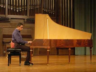 Enrico Baiano. Concierto Haydn: su obra para tecla en instrumentos históricos