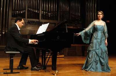 Daniela Lehner y José Luis Gayo. Concierto Nanas - La infancia en la música