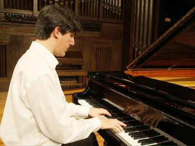 Mariano Lazáry. Concierto Recital de piano