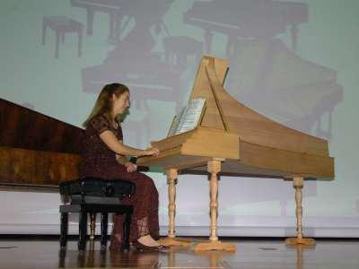 Miriam Gómez-Morán. Recitales para jóvenes
