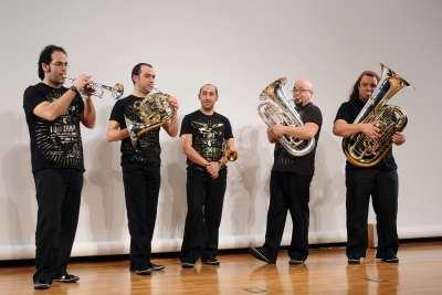Spanish Brass Luur Metalls. Concierto Melodías simultáneas: la textura en música - Conciertos en familia (2010)