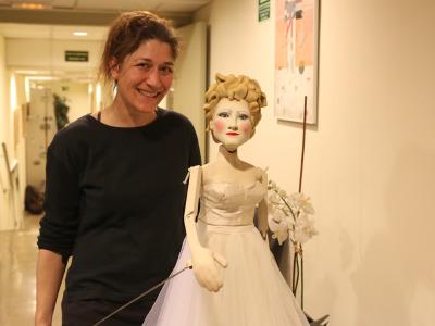 Esther d'Andrea, manipuladora de títeres. Fantochines