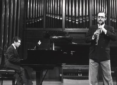 Rogelio R. Gavilanes y Jesús María Corral. Recitales para Jóvenes