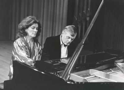 Begoña Uriarte y Karl-Hermann Mrongovius. Recital de piano a cuatro manos