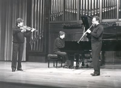 Jesús Villa Rojo y Francisco Martín. Concierto Alrededor del clarinete (1990)