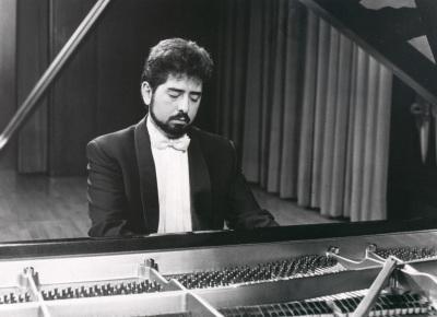 Daniel Kharatian. Recital de piano