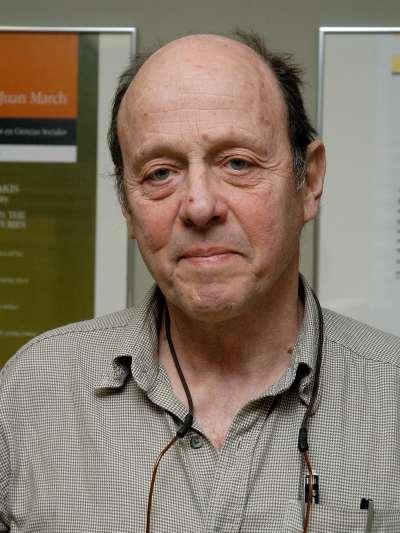 James Scott. Profesor de seminario. Curso 2007-08