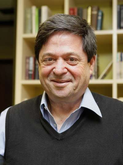 Yossi Shavit. Profesor de seminario. Curso 2008-09
