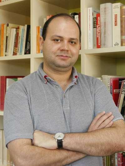 Leonid Peisakhin. Investigador postdoctoral