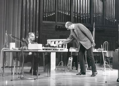 Mauricio Kagel y Kölner Ensemble für Neue Musik. Recital de canto y piano