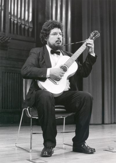 Gerardo Arriaga. Concierto Música para vihuelas, laúdes y guitarras