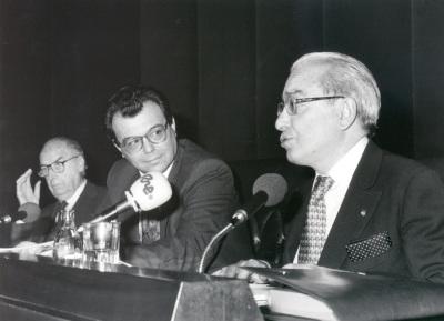 Francisco Ynduráin Muñoz, Federico Ibáñez Martín y Jesús Aguirre. Presentación del Presentación del libro Encuentro con José Hierro