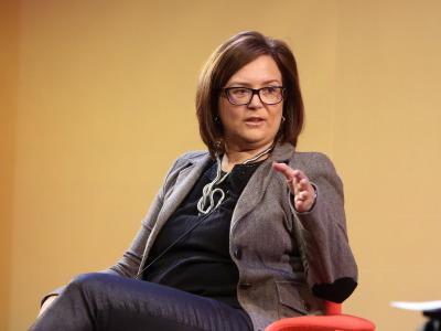 Ruth Ferrero. El mundo árabe en movimiento: migraciones, relaciones con Europa