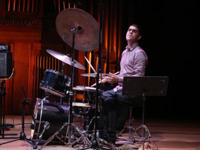 """Michael Oliveira. Concierto extraordinadrio. Inauguración de la Exposición """"Max Bill"""""""