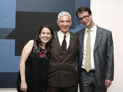 Inmaculada Serrano, Paulino Martín y Álvaro Martínez. Entrega diplomas de Maestros y Doctores del CEACS