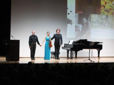 Fernando Palacios, Ana María Valderrama y Luis del Valle. Paul Klee, el pintor violinista - De raíz popular - Una mañana en la ópera