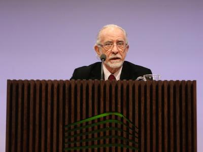 José María Merino en diálogo con José Enrique Martínez. La aventura de escribir ficciones