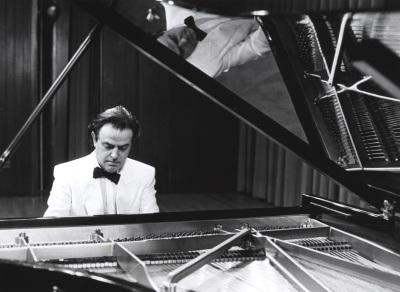 Mario Monreal. Concierto Integral de las sonatas para piano de Mozart