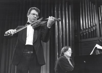 Víctor Ardelean y Almudena Cano. Recitales para Jóvenes