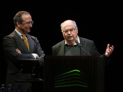 Manuel Fontán del Junco y Dietmar Siegert. LO NUNCA VISTO.  De la pintura informalista al fotolibro de postguerra (11945-1965)