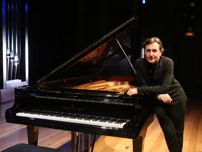 Ludmil Angelov. Chopin y la posteridad. Virtuosismo polaco