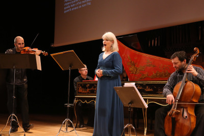 Il Coro d'Arcadia, Alessandro Ciccolini y María Cristina Kierh. Los Scarlatti y el barroco napolitano. La cantata entre Nápoles y Roma