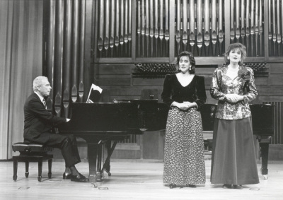 Valentín Elcoro, Adelina Álvarez y Silvia Leivinson. Concierto Música germánica de inspiración popular